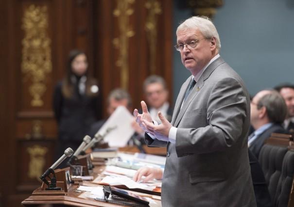 Le ministre de la Santé Gaétan Barrette répond... (La Presse Canadienne, Jacques Boissinot)