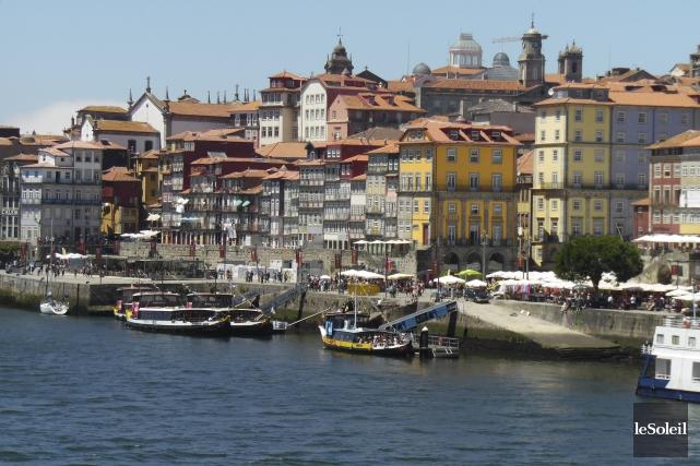 Une vue de Porto et du quartier de... (Le Soleil, Normand Provencher)