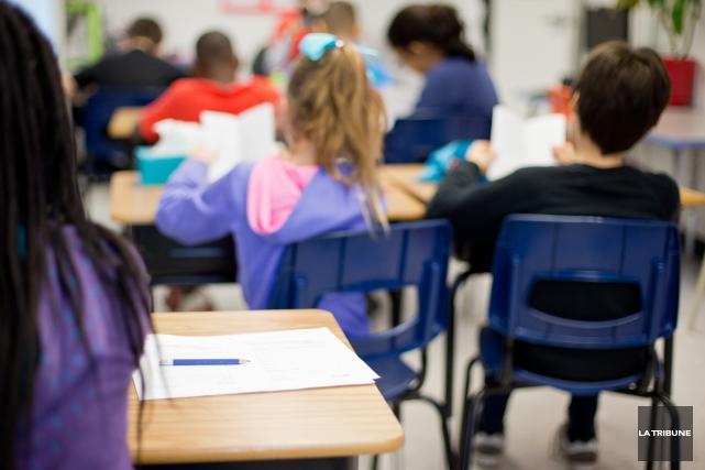 Les élèves d'une classe de 6e année de... (Archives, La Tribune)