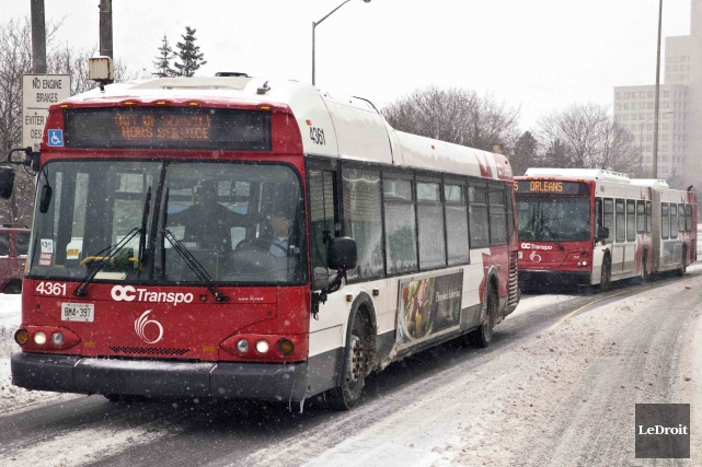 La Ville d'Ottawa a ratifié mercredi une entente avec les chauffeurs d'autobus... (Martin Roy, Archives LeDroit)