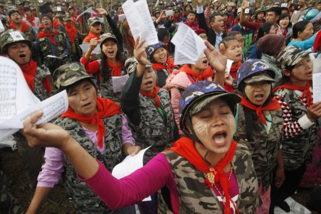 Pat Jasan est une organisation extrémiste chrétienne antidrogue... (PHOTO HKUN LAT, ARCHIVES AP)