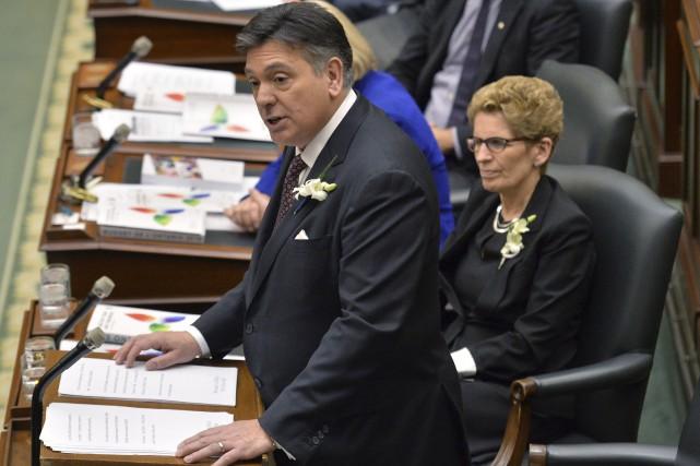Le gouvernement ontarien a déposé jeudi un budget... (Nathan Denette, PC)