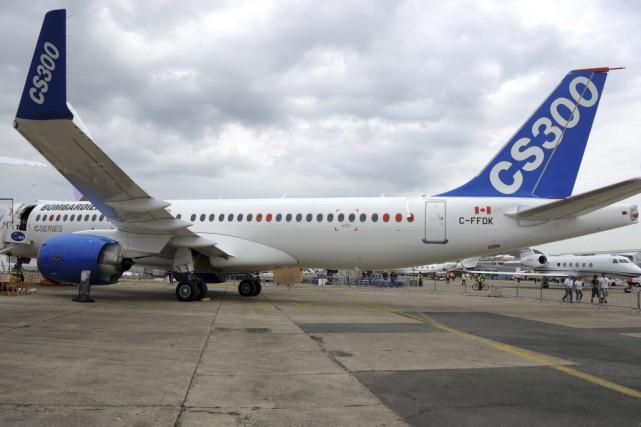 Un avion de la CSeries de Bombardier... (Archives AFP)