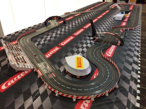 Cette réplique du circuit Gilles-Villeneuve avait été présentée... (fournie par Carrera)
