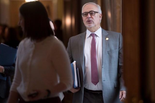 Le budget 2016-2017 du ministre des Finances du... (La Presse Canadienne, Jacques Boissinot)