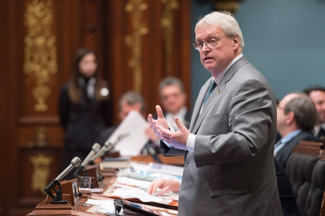 Le projet-pilote du ministre Gaétan Barrette vise à... (Photo Jacques Boissinot, archives La Presse Canadienne)