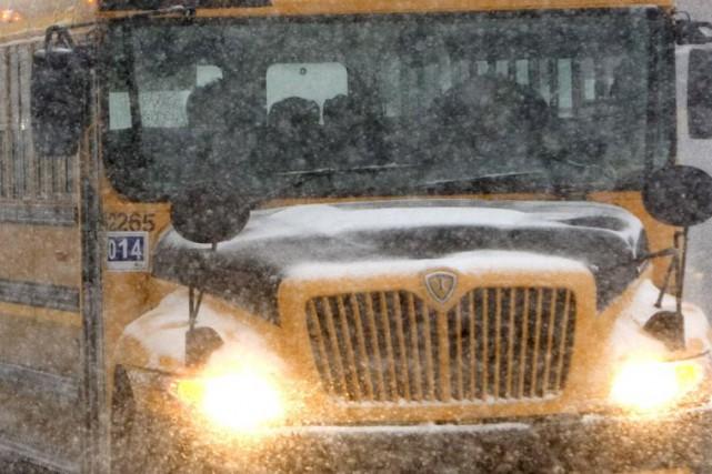 Un autobus scolaire a été impliqué dans une... (Robert Skinner, Archives La Presse)