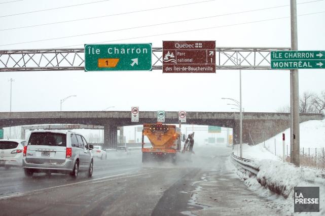 Même si le pont de la rue de... (PHOTO MARTIN CHAMBERLAND, LA PRESSE)
