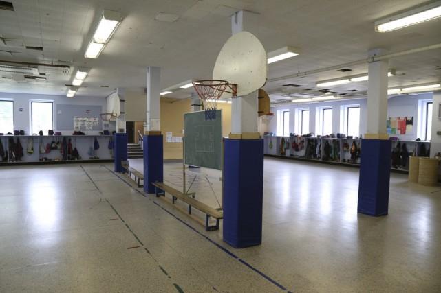 Le sous-sol de l'école Saint-Romuald à Farnham, malgré... (photo janick marois, archives la voix de l'est)