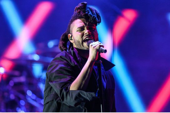 The Weeknd partage la nomination aux Oscar pour... (Rich Fury, Associated Press)