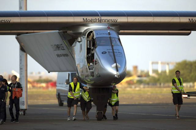 Solar Impulse dans un hangar de l'université d'Hawaï,... (Photo Archives AP)