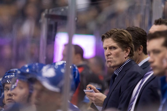 L'entraîneur des Maple Leafs de Toronto, Mike Babcock,... (PHOTO CHRIS YOUNG, ARCHIVES PC)