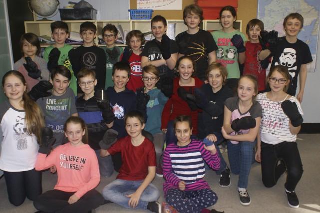 Vingt-trois élèves de l'école Trefflé-Gauthier, de la classe... (Photo Le Progrès-Dimanche, Mélissa Viau)