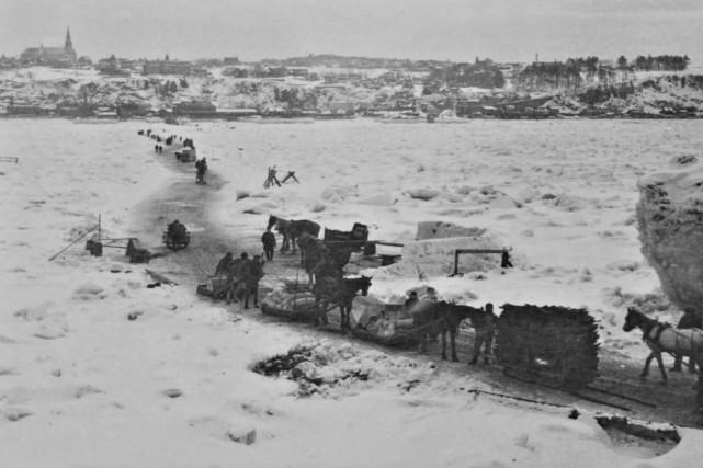 Le pont de glace vers 1900...