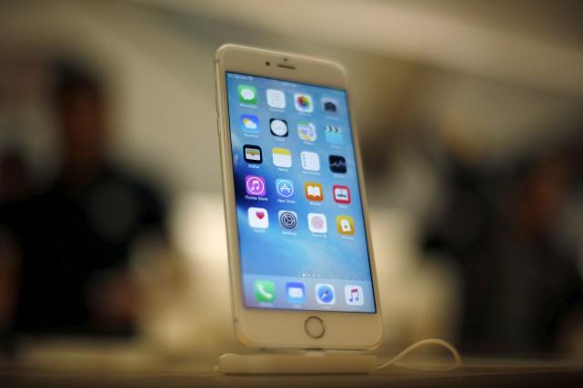 Apple refuse de se plier à une injonction... (AP, Kiichiro Sato)