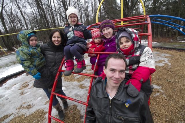 Un groupe de parents souhaite qu'un volet alternatif... (Spectre Média, René Marquis)