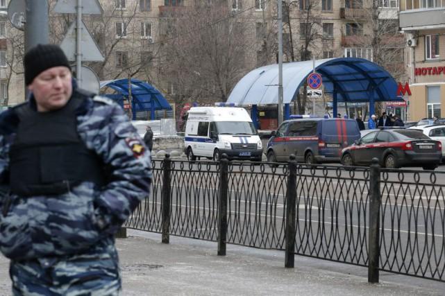 La rue où a eu lieu l'arrestation et... (PHOTO MAXIM ZMEYEV, REUTERS)