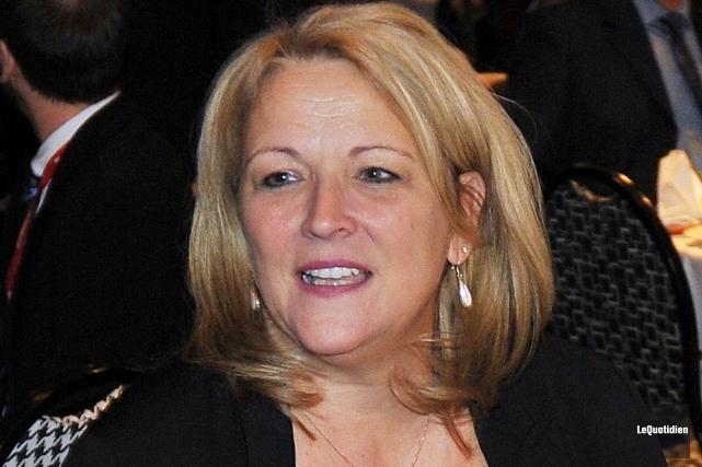 La ministre de la Condition féminine, Lise Thériault,... ((Archives Le Quotidien))
