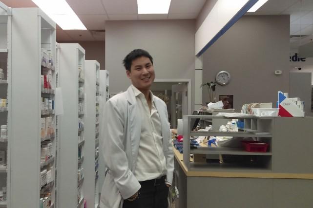 Alexandre Ung a commencé à travailler en pharmacie... (cCollaboration spéciale, Gabrielle Thibault-Delorme)