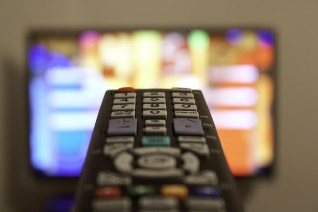 Les fournisseurs canadiens de services de télévision titulaires... (123RF/Alexandr Chubarov)