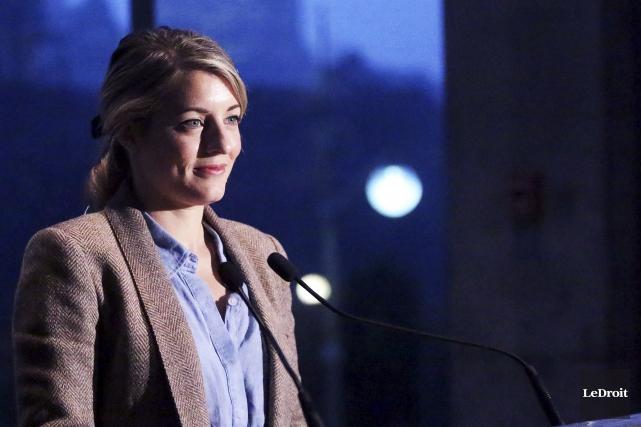 La ministre Mélanie Joly... (Etienne Ranger, Archives LeDroit)