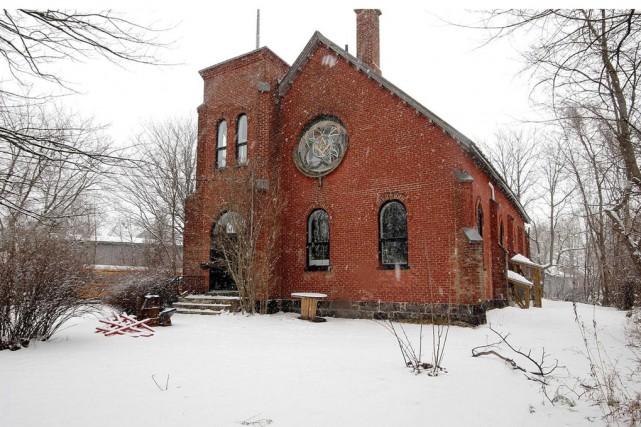 L'ancien temple maçonnique, situé au 401, rue Saint-Joseph,... (tirée du site duproprio.com)