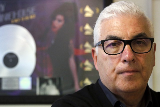 Le père de la chanteuse Amy Winehousea raconté... (AP, Frank Augstein)