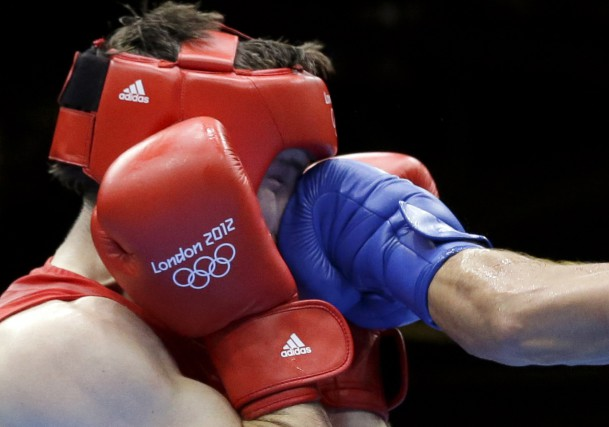 Les boxeurs masculins ne seront pas tenus de... (AP, Patrick Semansky)