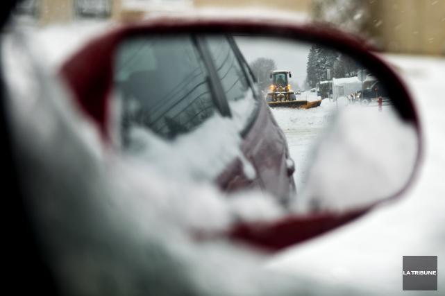 Le réseau routier a souffert des précipitations des dernières heures. Plusieurs... (Archives La Tribune)