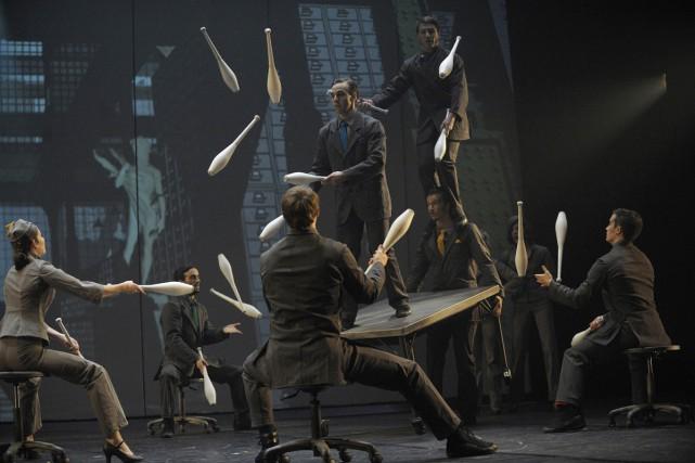 Le Cirque Éloize présentera sa pièce Cirkopolis dans 19 villes chinoises... (PHOTO VALÉRIE REMISE, FOURNIE PAR LE CIRQUE ÉLOIZE)