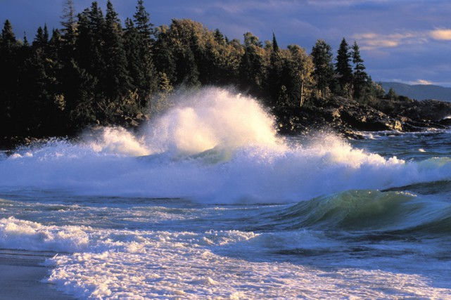 Les Grands Lacs sont la source d'eau de... (ARCHIVES PC)