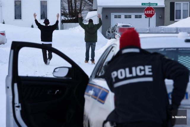 Les deux hommes ont été arrêtés pour ce... (François Gervais, Le Nouvelliste)