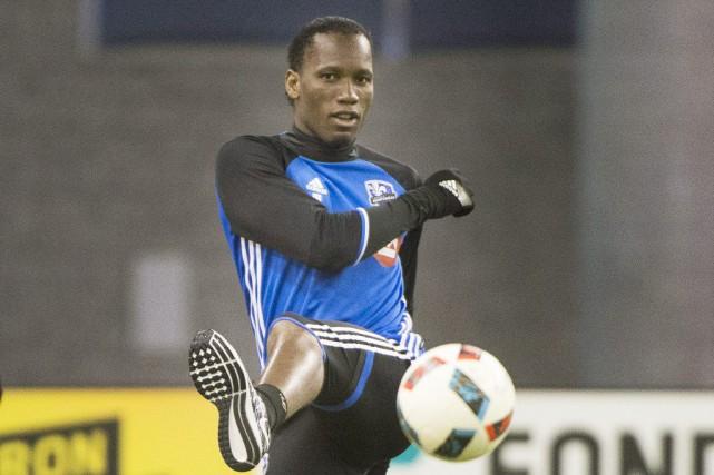 Drogba n'a pas disputé les deux premiers matchs... (Photo Graham Hughes, archives PC)