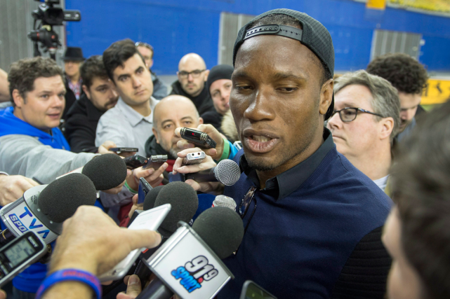 Ennuyé par un malaise à un genou, Didier Drogba ratera... (Photo Ryan Remiorz, PC)