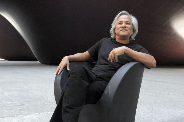 Un artiste peut-il «acheter une couleur»? Le sculpteur britannique Anish Kapoor... (PHOTO ARCHIVES AFP)