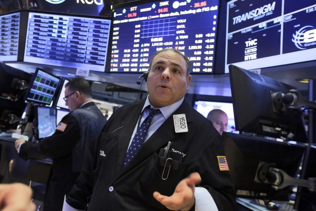 Désormais, Wall Street repart dans le rouge, à... (PHOTO RICHARD DREW, ASSOCIATED PRESS)