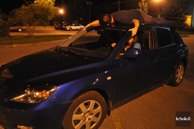 Les adeptes de car surfing sont passibles de... (Photothèque Le Soleil)