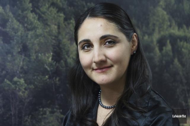 Oriana Familiar, conseillère en développement durable au CLD... (Alain Dion, La Voix de l'Est)