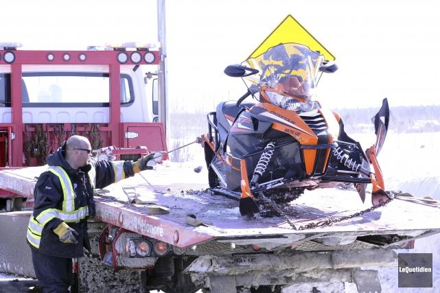 L'état de la motoneige permet de croire que... ((Photo Le Quotidien-Rocket Lavoie))