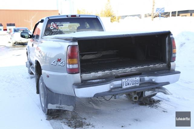 Le hayon d'un camion appartenant à Francis Boag... (Julie Catudal, La Voix de l'Est)