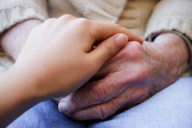 Une quarantaine de résidences privées pour personnes âgées au Québec vont... (Photo 123RF)