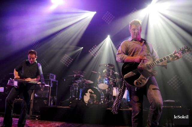 John Paul Jones (basse), Dave Grohl (batterie) et... (Photothèque Le Soleil, Erick Labbé)