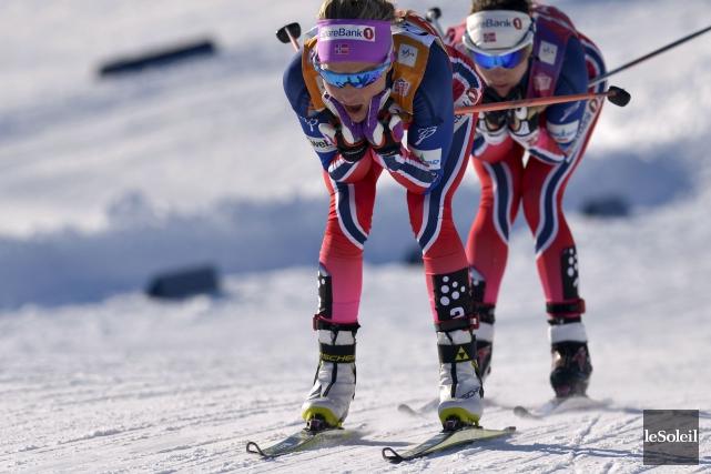 La Norvégienne Therese Johaug (à l'avant) s'est fait... (Le Soleil, Yan Doublet)