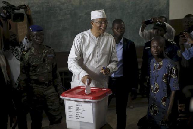 Le premier ministre Lionel Zinsou et candidat à... (PHOTO AKINTUNDE AKINLEYE, REUTERS)