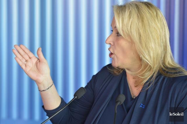 La ministre de la Condition féminine, LiseThériault.... (Le Soleil, Yan Doublet)