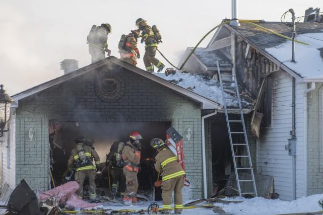 Le feu a pris naissance dans le garage... (Spectre média, Julien Chamberland)