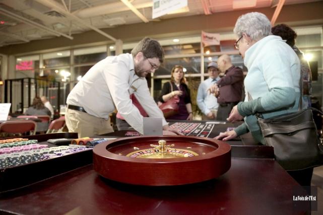 Le casino tenu samedi au profit de la... (Julie Catudal, La Voix de l'Est)