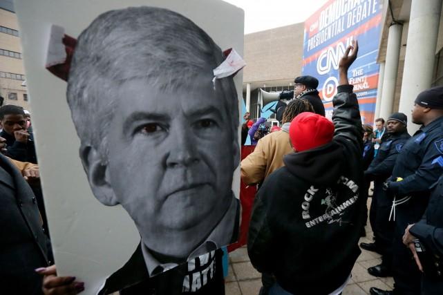 Des manifestants de Flint ont réclamé dimanche le... (AP, Carlos Osorio)