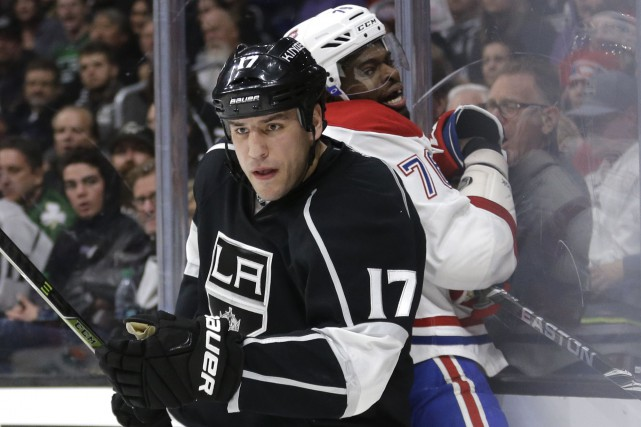 Milan Lucic  des Kings de Los Angeles figure... (AP, Jae C. Hong)