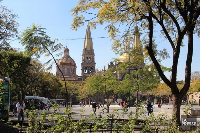 La cathédrale métropolitaine de Guadalajara.... (PHOTO LUCIE LAVIGNE, LA PRESSE)